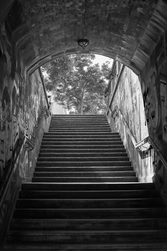 Treppenaufgang an der Hirschbrücke (Pancolar)